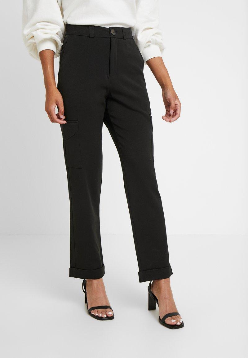 Noisy May Petite - Trousers - black