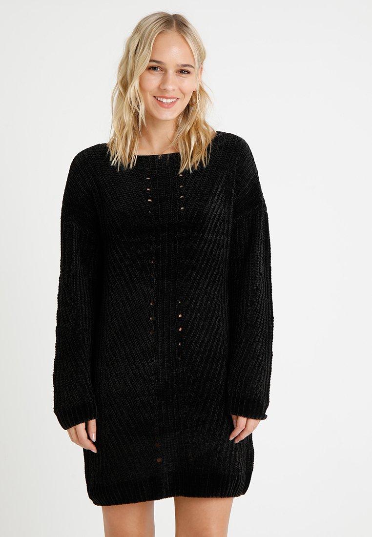 Noisy May Petite - NMMARIA DRESS  - Strikkjoler - black