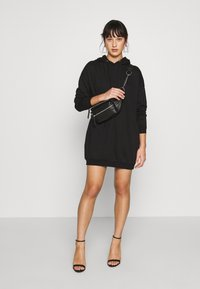 Noisy May Petite - NMHATTIE DRESS - Kjole - black - 1