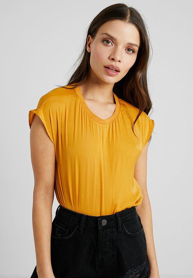 NMHAI - Blouse - golden yellow