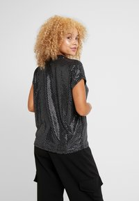Noisy May Petite - NMNIGHT - T-Shirt print - black - 2