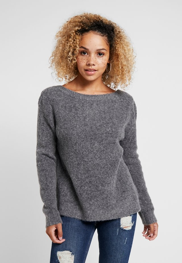 NMSARA COLD SHOULDER - Strikpullover /Striktrøjer - dark grey melange
