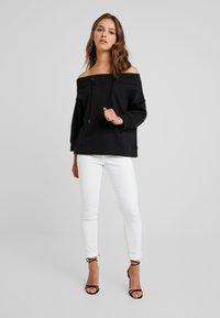 Noisy May Petite - NMLIFE 3/4 ONESHOULDER - Sweater - black - 1