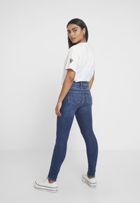 Noisy May Petite - NMCALLIE - Skinny džíny - medium blue denim - 2