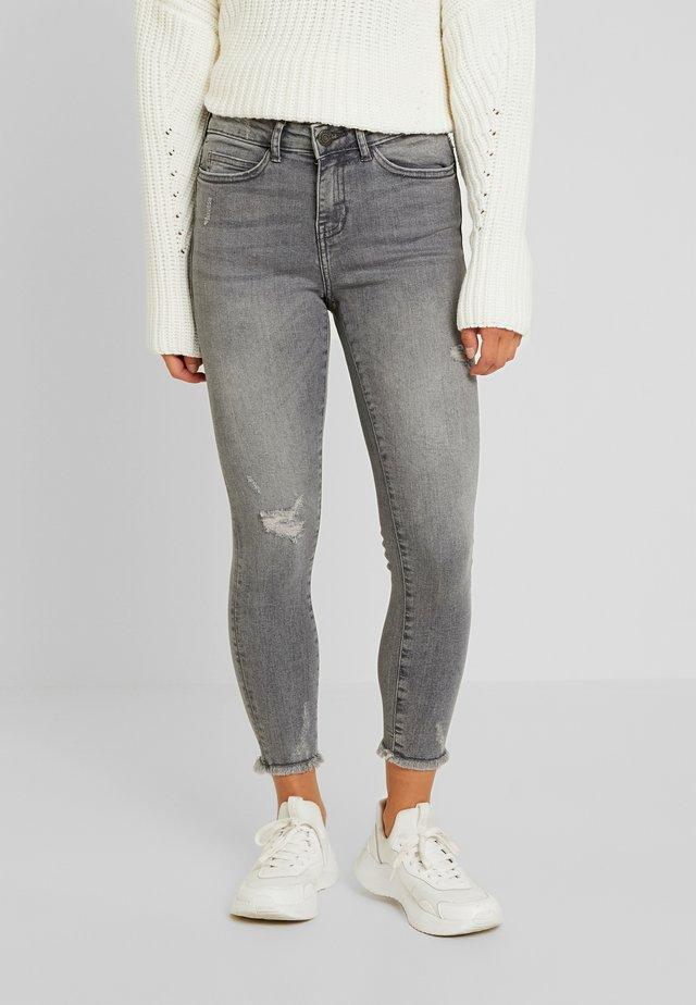 NMLUCY - Jeans Skinny Fit - light grey denim