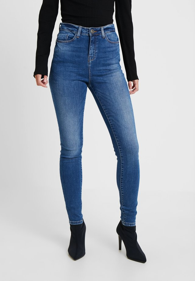 NMCALLIE - Skinny džíny - medium blue denim