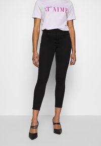 Noisy May Petite - NMJEN SHAPER  - Jeans Skinny - black - 0