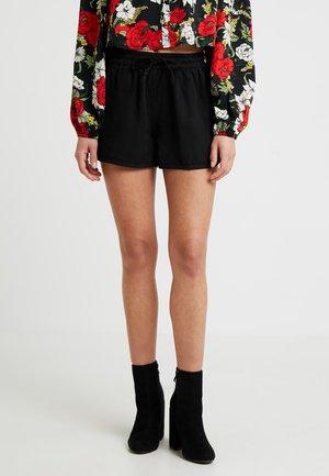 NMENDI SHORT - Shorts - black