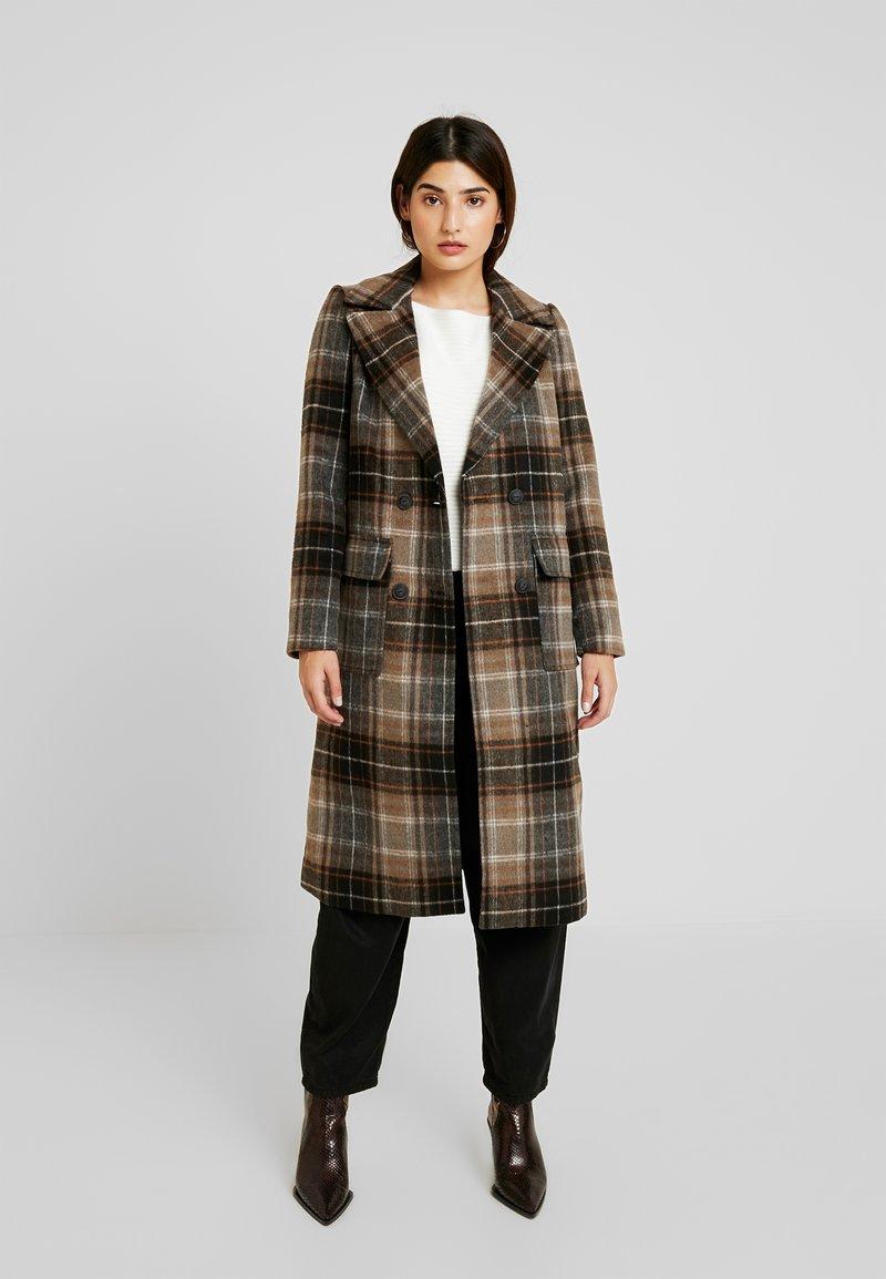 Noisy May Petite - NMCHICK COAT - Cappotto classico - brown