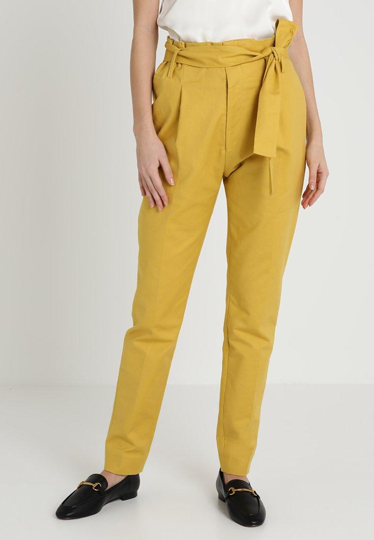 Noa Noa - BASIC LONG - Trousers - oil yellow
