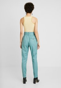 Noa Noa - ESSENTIAL STRETCH - Trousers - arctic - 2