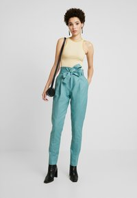 Noa Noa - ESSENTIAL STRETCH - Trousers - arctic - 1