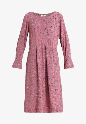 STRUCTURE MOSS - Robe d'été - print rosa