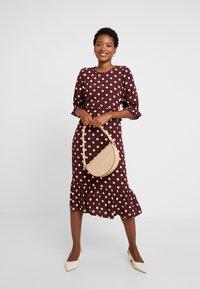 Noa Noa - DRESS LONG SLEEVE - Day dress - print bordeaux - 2