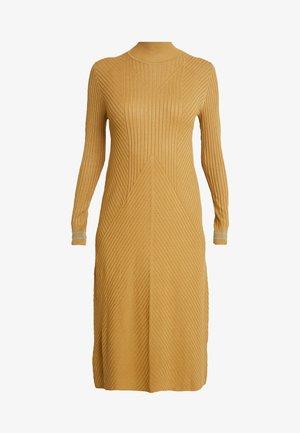 Gebreide jurk - bronze mist