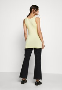 Noa Noa - BASIC STRETCH - Top - lemon grass