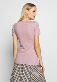 Noa Noa - BASIC NEW - Print T-shirt - dawn pink - 2