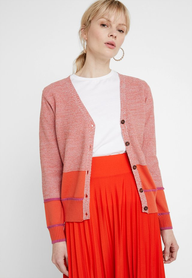 MARCH  - Cardigan - art red
