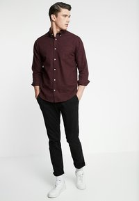 NN07 - LEVON - Camisa - oxblood red - 1