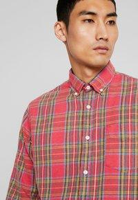 NN07 - Camisa - red - 4