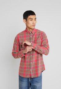 NN07 - Camisa - red - 0