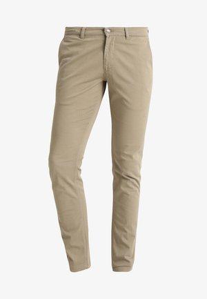MARCO - Pantalones chinos - khaki green