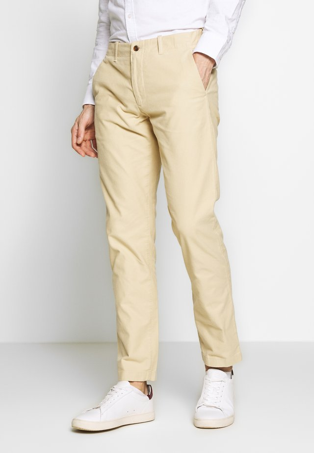 STEVEN - Chinosy - light khaki