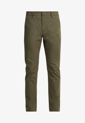 THEO - Pantalones chinos - army