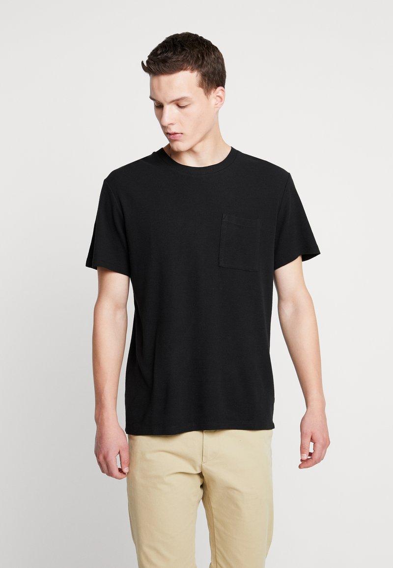 NN07 - CLIVE - T-shirts - black