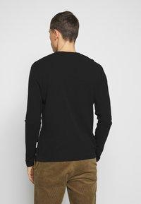 NN07 - CLIVE - Camiseta de manga larga - black - 2
