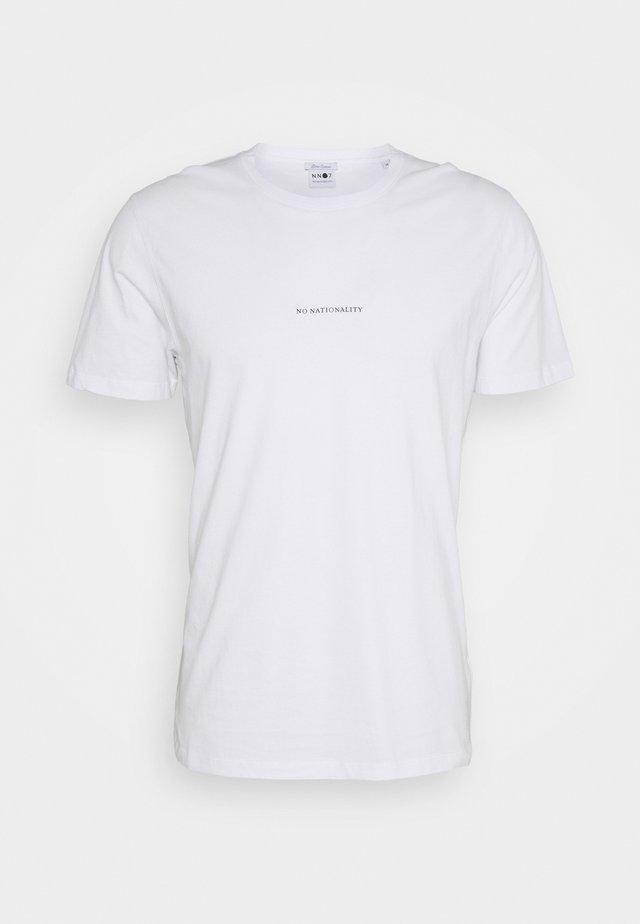 ETHAN PRINT TEE - T-shirt imprimé - white