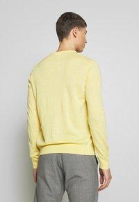 NN07 - TED - Stickad tröja - yellow - 2
