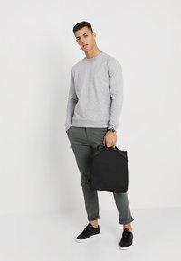 NN07 - GEOFF - Sweater - light greymelange - 1
