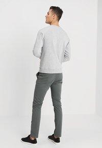 NN07 - GEOFF - Sweater - light greymelange - 2