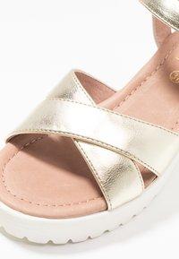 No Name - TANGO ANKLE - Korkeakorkoiset sandaalit - gold/white - 2