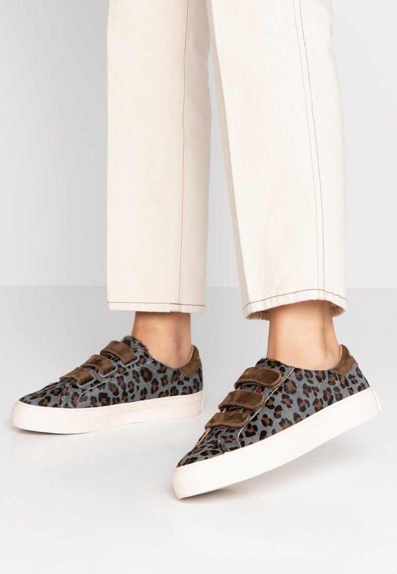 No Name - ARCADE STRAPS - Sneaker low - tundra