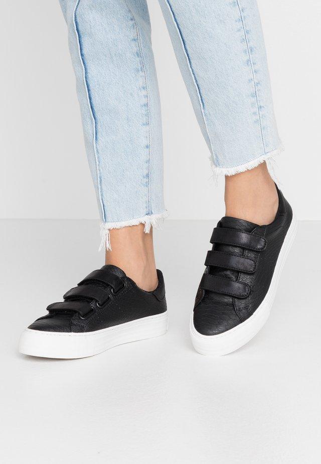 ARCADE STRAPS - Sneakers - black