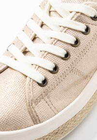 No Name - MALIBU - Espadrilles - gold - 2