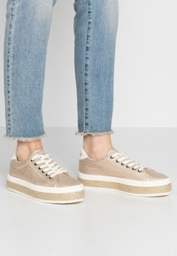 No Name - MALIBU - Espadrilles - gold - 0