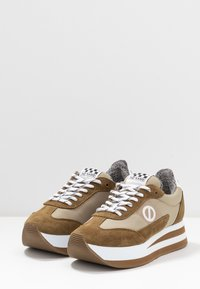 No Name - FLEX JOGGER - Trainers - tundra - 4