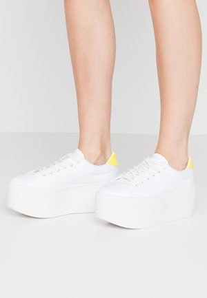 PLATO  - Trainers - white/yellow fluo