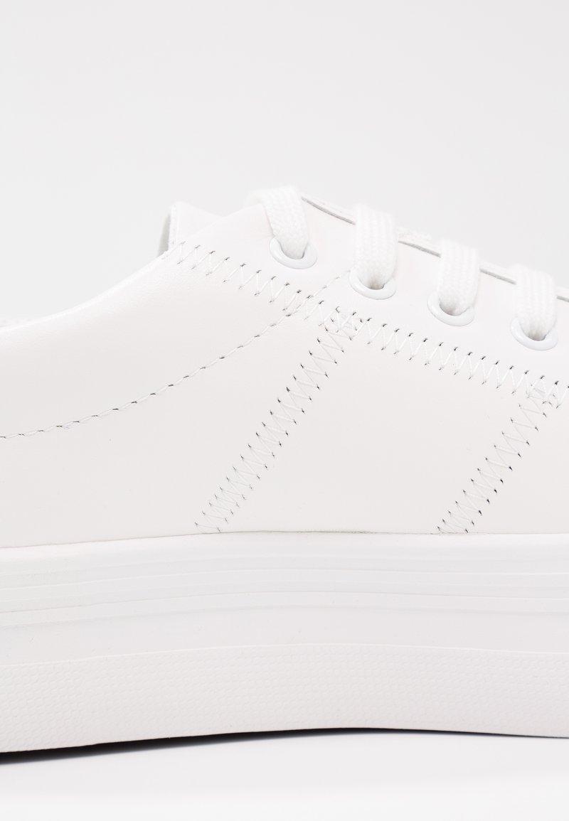 Name black SneakerBaskets No White Basses Plato WBrCeQdox