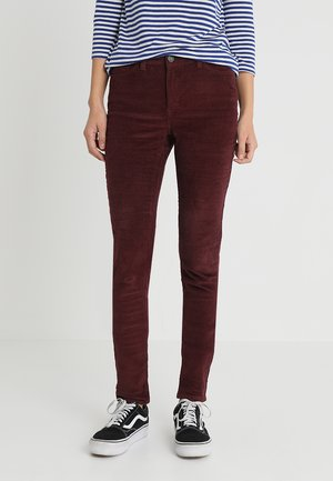 NMLUCYNW PANTS - Trousers - port royale
