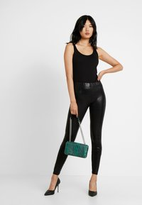 Noisy May Tall - NMBELLA CROCODILE COATED - Leggings - Trousers - black - 1