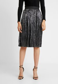 Noisy May Tall - NMKISS PLEATED SKIRT - Plisséskjørt - silver - 0