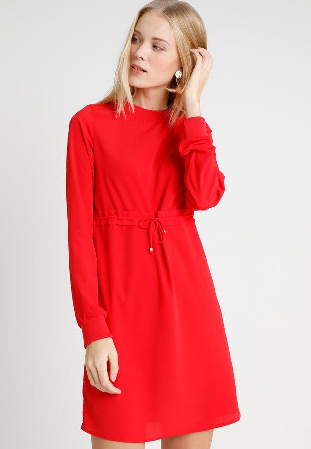 NMMONTY SHORT DRESS - Vestido informal - chinese red