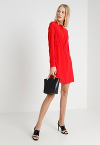 Noisy May Tall - NMMONTY SHORT DRESS - Vestido informal - chinese red - 1