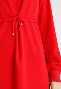 Noisy May Tall - NMMONTY SHORT DRESS - Vestido informal - chinese red - 5