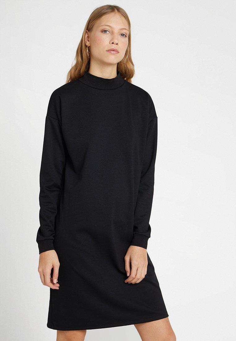 Noisy May Tall - NMCARLA DRESS - Freizeitkleid - black