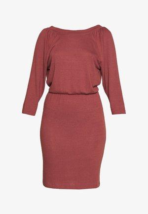 NMHALLEY 3/4 O-NECK DRESS TALL - Jumper dress - burnt henna